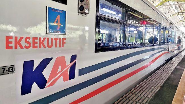 PT KAI (Persero) mengubah logo perusahaan tepat di HUT ke-75. Perubahan logo sekaligus tanda transformasi visi dan budaya perusahaan.