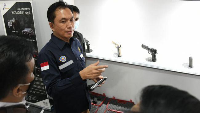 Dalam memberantas mafia BBM, BPH Migas berencana membekali PPNS yang saat ini berjumlah 30 orang dengan senjata api dan mendapat pelatihan dari Kopassus.