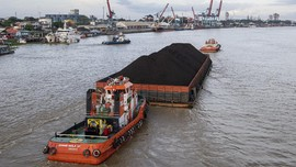 Kapal Tongkang Meledak di Samarinda, Tiga Tewas Ditemukan