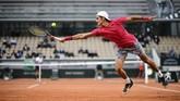 Atlet-atlet olahraga bekerja keras, terkadang nekat, demi meraih kejayaan. Berikut foto-foto pilihan dalam SMASHOT.