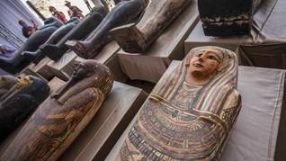 Mesir Temukan Puluhan Peti Mati Kuno Berisi Mumi 2.500 Tahun