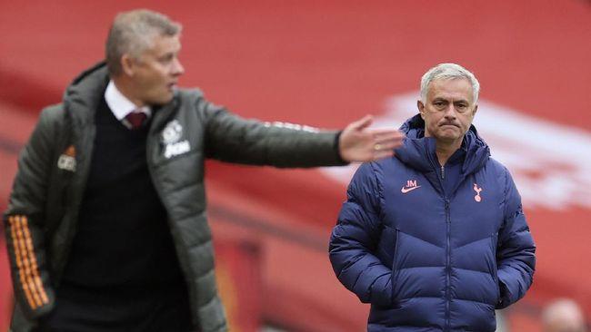 Pelatih Ole Gunnar Solskjaer menyinggung soal kegagalan Jose Mourinho di Manchester United jelang duel melawan Fulham.