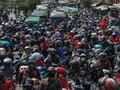 Ribuan Buruh Blokir Jalan, Tol Cileunyi Hampir Diambil Alih