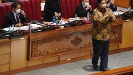 PKS Beberkan Beda Pasal Omnibus Law versi Paripurna & Setneg