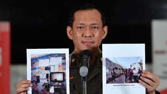 Polri menyebut investasi bodong Kampung Kurma menawarkan 4.208 kavling dengan bonus sebuah pohon kurma untuk tiap kavling, tapi tak terbukti.