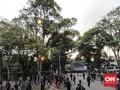 Demo di Bandung Rusuh, Gas Air Mata Menyalak Bubarkan Massa