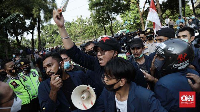 Gelombang demonstrasi menolak Undang-Undang Cipta Kerja Omnibus Law terus berlanjut dan dilakukan oleh mahasiswa dari berbagai universitas.