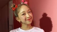 <p>Usai sukses menjadi idol KPop, Dita Karang kembali membuat publik bangga, Bunda. Ia kini resmi jadi model salah satu merek skincarelho. (Foto: Instagram @secretnumber.official)</p>