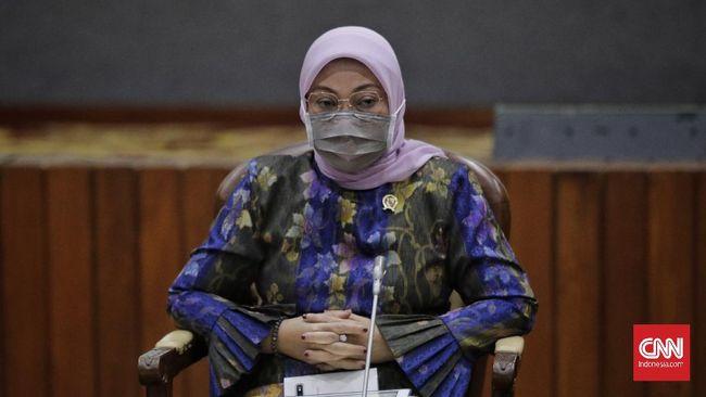 Menteri Ketenagakerjaan Ida Fauziyah positif terpapar covid-19. Hal itu diakui Ida usai menjalani PCR/swab test baru-baru ini.