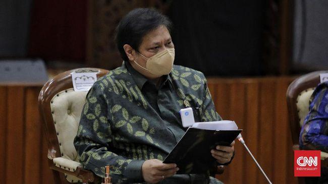 Pihak Istana Kepresidenan tak mengetahui Menko Perekonomian Airlangga Hartarto sempat covid-19 usai menjadi pendonor plasma konvalesen.