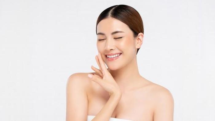 Rawat Wajah Sejak Dini, Intip 5 Produk Skincare yang Wajib Dipakai Remaja