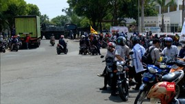 VIDEO: Tolak UU Ciptaker, Mogok Kerja di Bekasi Berlanjut
