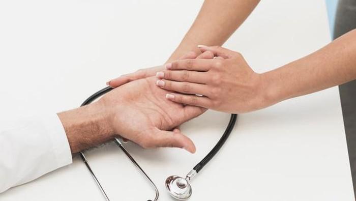 5 Tanda Penyakit Jantung Berdasarkan Kondisi Kulit