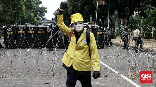 BEM Seluruh Indonesia menyatakan demo mahasiswa menolak UU Cipta Kerja murni mewakili aspirasi keresahan rakyat yang tidak ditampung oleh DPR dan pemerintah.