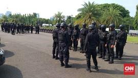 Aparat Jaga Ketat Istana Jelang Demo Tolak Omnibus Law