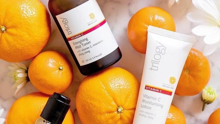 Jadikan Kulit Cerah dengan Rangkaian Skincare Vitamin C Trilogy