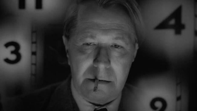 Perjalanan karier penulis naskah film legendaris Citizen Kane terekam dalam trailer perdana film Mank yang diarahkan oleh sutradara David Fincher.