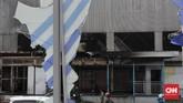 Sejumlah halte TransJakarta sempat dibakar dan dirusak massa saat demonstrasi tolak Omnibus Law memanas di DKI.