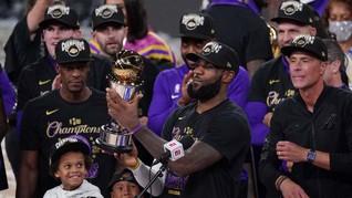 Lakers Juara, Persembahan Terindah LeBron James untuk Bryant