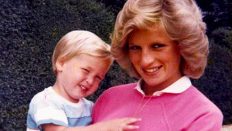 Putri Diana dan Pangeran William semasa kecil