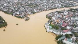 VIDEO: Banjir di Vietnam Tewaskan 18 Orang