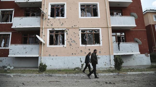 Pasukan Armenia dan Azerbaijan kembali terlibat dalam bentrokan terbaru pada Sabtu (9/10) dan Senin (12/10) pagi setelah gagal mematuhi gencatan senjata.