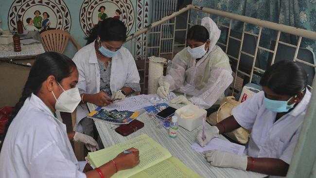 Angka kematian akibat virus corona di India lebih rendah dibanding negara-negara lain yang juga memiliki jumlah kasus banyak.