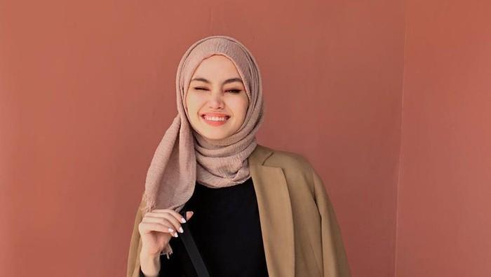 5 Pilihan Outer yang Nyaman dan Stylish untuk Hijabers