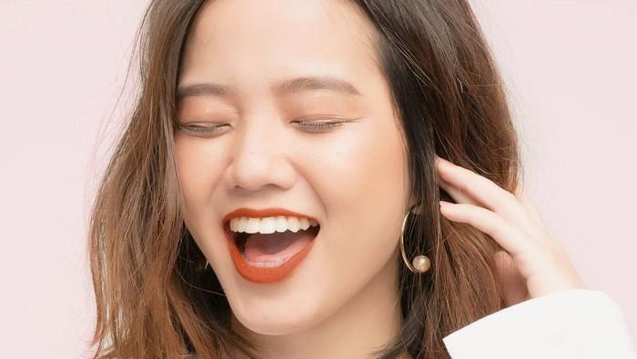 One Brand Make Up untuk Daily Look dengan Produk Lokal BLP