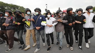 Thailand Dakwa Pemimpin Demo dengan Pasal Penghinaan Raja