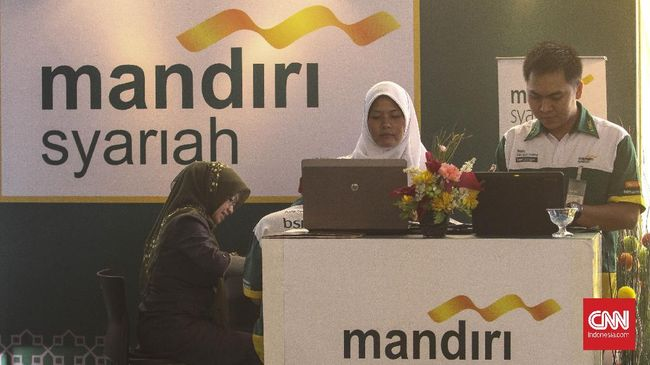 Bank Syariah Mandiri memastikan merger dengan bank syariah BUMN tidak akan membuat manajemen mem-PHK karyawan.