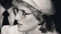 <p>Dikutip dari <em>Vogue</em>, bagi Emma Corrin, memerankan Putri Diana berarti ia harus mengenal sosoknya seperti akan berteman dengannya. (Foto: Instagram @emmalouisecorrin)</p>