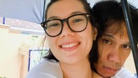 <p>Sarah memang kerap mengunggah foto bersama Eross di Instagram. Ini salah satu momen kebersamaan dua sejoli itu. (Instagram @sarahcandra)</p>