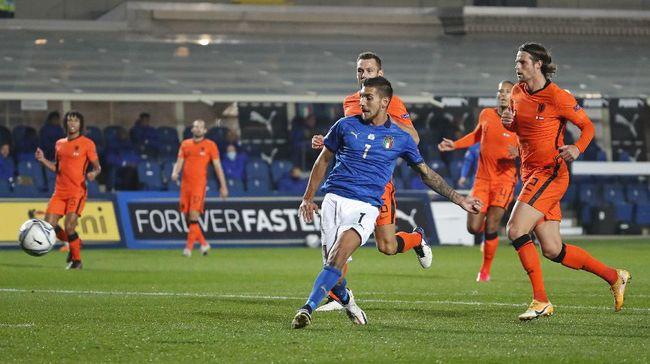 Timnas Italia diterpa kabar tak menyenangkan karena Lorenzo Pellegrini mengalami cedera jelang Piala Eropa Euro 2020 (Euro 2021).