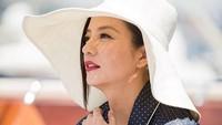 <p>Meski usianya sudah menginjak kepala empat, Vicki Zhao selalu terlihat cantik dan awet muda. (Foto: Instagram @vicki_zhaowei)</p>