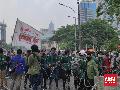 Diadang Polisi Gelar Aksi di Depan Istana, Mahasiswa Protes