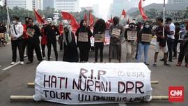 Tolak Omnibus Law, Buruh Sebut DPR Buat UU Seperti TK