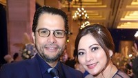 <p>Setelah bercerai dari suami pertamanya, tak banyak yang tahu kalau Cut Keke memutuskan menikah dengan seorang pengacara kondang, Malik Bawazier. (Foto: Instagram @cutkeke_xavier)</p>