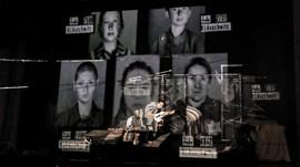FOTO: Diari Penyintas Holocaust dalam Panggung Teater