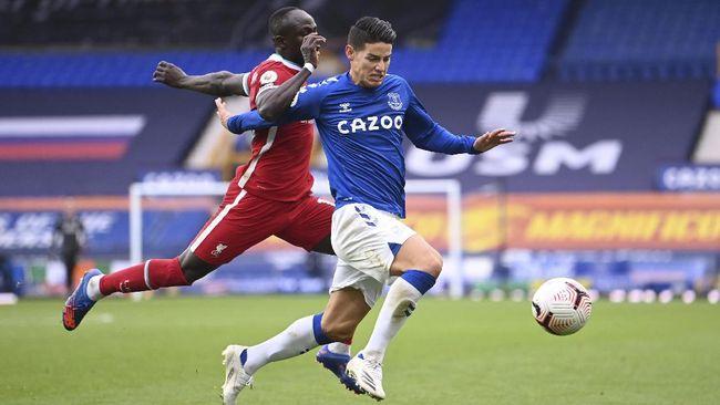 Everton mampu menahan imbang Liverpool 2-2 pada lanjutan Liga Inggris di Stadion Goodison Park, Sabtu (17/10).