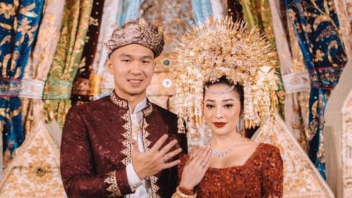 Intip Dekorasi Pernikahan Nikita Willy yang Mewah dan Kental dengan Etnik