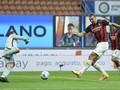 Milan Unggul 2-1 atas Inter di Babak Pertama
