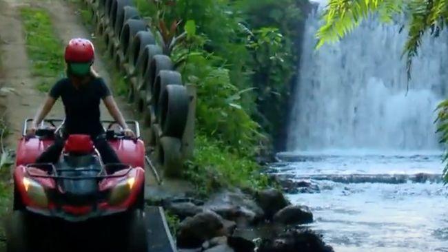 Di Bali sebagai salah satu destinasi wisata #DiIndonesiaAja favorit, wisatawan juga bisa menantang adrenalin seperti di Desa Bresela dan Desa Taro.