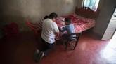 Anak-anak di penjuru Amerika Latin kini terpaksa bekerja penuh untuk membantu keluarga mereka di tengah pandemi.