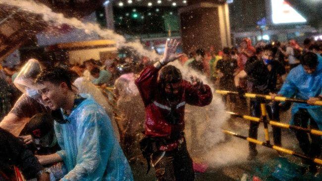 Aktivis pro-demokrasi di Thailand kembali melakukan demonstrasi pada Minggu (18/10).