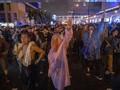 Aktivis Demokrasi Thailand Bentrok dengan Pendukung Raja