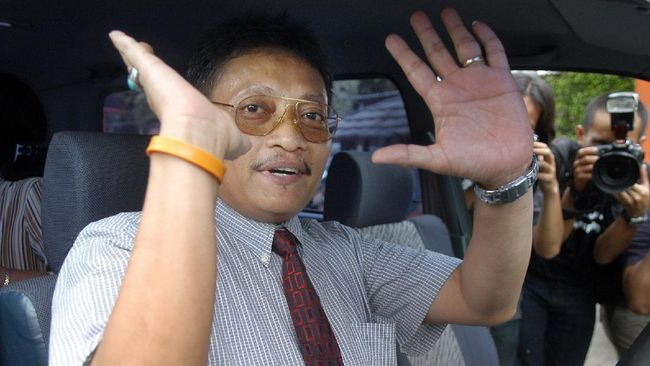 Pollycarpus Budihari Prijanto meninggal dunia. Mantan pilot Garuda Indonesia itu pernah menjadi narapidana kasus pembunuhan aktivis HAM Munir.