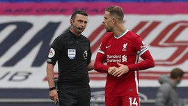 Foto: VAR Rampas Kemenangan Liverpool di Injury Time