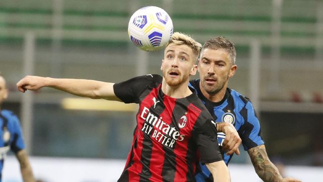 Bek Inter Milan, Aleksandar Kolarov, dipastikan positif Covid-19 setelah menjalani laga internasional.