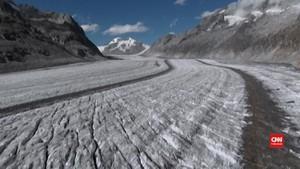 VIDEO: Gletser Mencair, Arkeolog Panen 'Harta Karun'